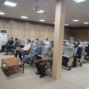 حضور ریاست محترم پژوهشگاه نیرو در مجتمع فارس